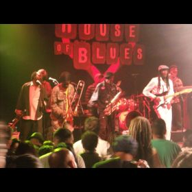 Lamour and The Mystik Band