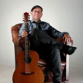Michael Busch Acoustic Guitarist