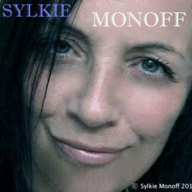 Sylkie Monoff